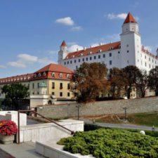 bratislava tour from budapest